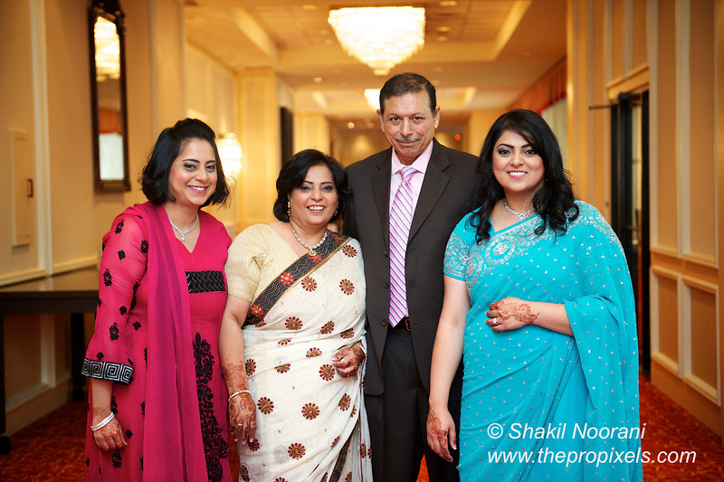 Naziya-Wedding-2013-06-08-01848.JPG
