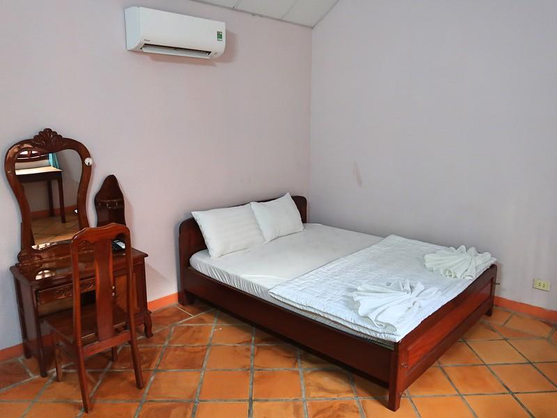IMG_7386-huong-giang-bungalow-bed.jpg