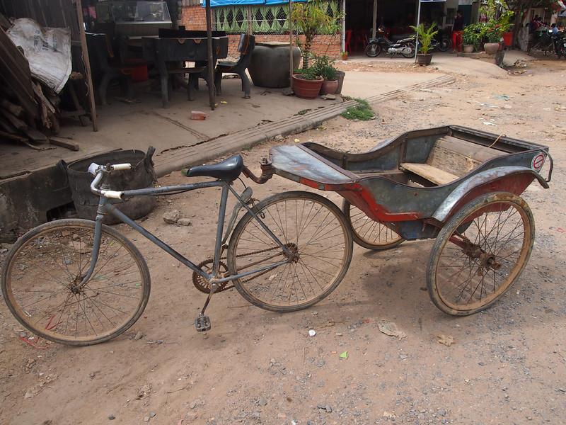PB153748-bicycle-and-cart.JPG