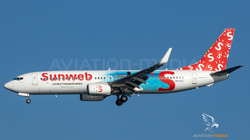 Transavia_B738_PH-HSJ_Sunweb cs_ACE_20190811_Approach_Sun_MG_3915_AM.jpg
