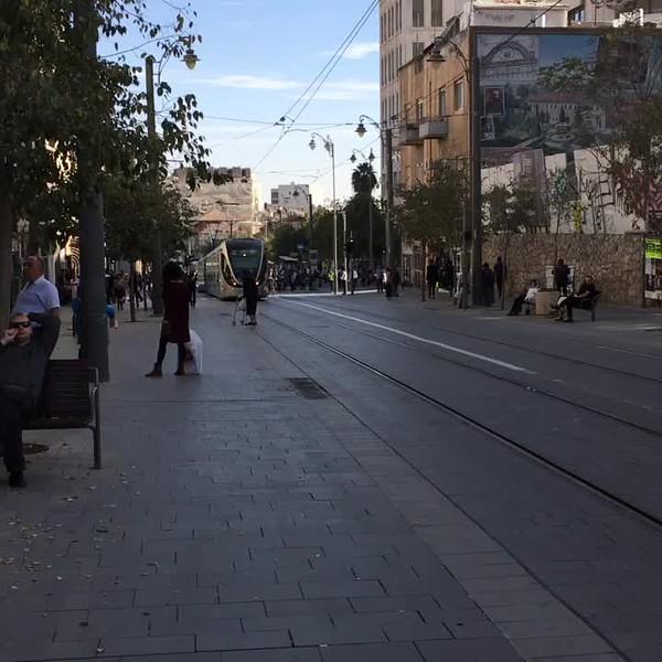 The Jerusalem Light Rail (Harakevet Hakala). Click on the 22-second video