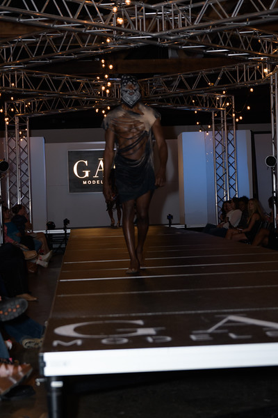 Knoxville Fashion Week Friday-1053.jpg