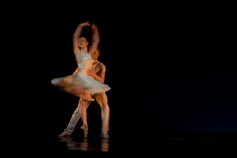 """OBT's Alison Roper and Adrian Fry in Trey McIntyre's  """"Like a Samba"""""""