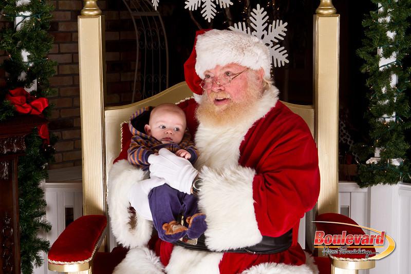 Santa Dec 15-126.jpg