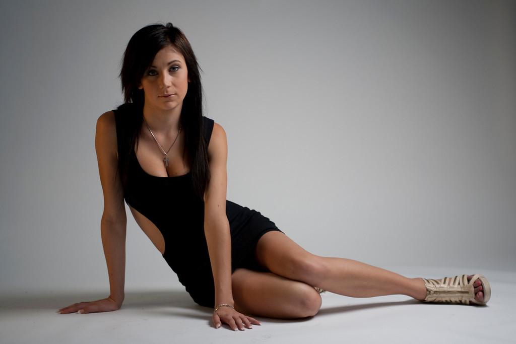 Karina-AlexGardner-100418-01