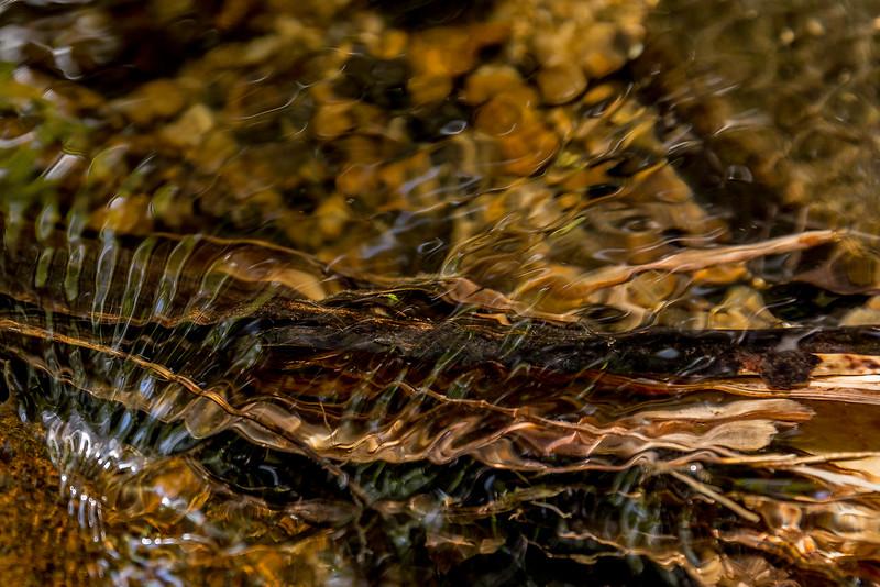 Wasserkunst im Bachbett