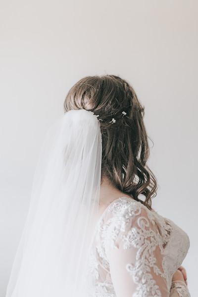 Johnna_Derek_Wedding_La_Casa_Grande_Beloit_Wisconsin_December_15_2018-85.jpg