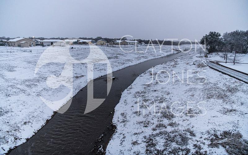 wf_backyard_snow_31.jpg