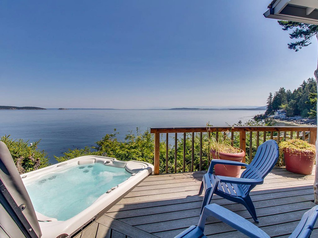 Places to visit for Valentine's Day: Orcas Island Washington vacation rental at Vacasa