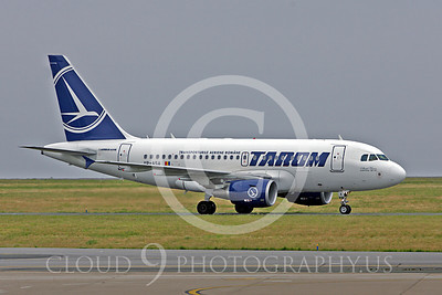 Tarom Airline Airbus A318 Airliner Pictures