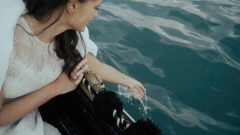 Tu-Nguyen-Destination-Wedding-Photographer-Elopement-Venice-Italy-Europe-w76a17.jpg