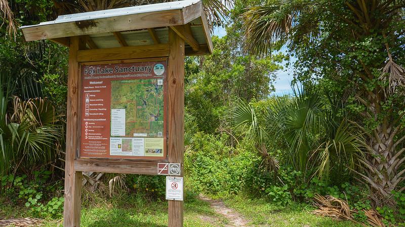 Fox Lake Sanctuary trailhead kiosk