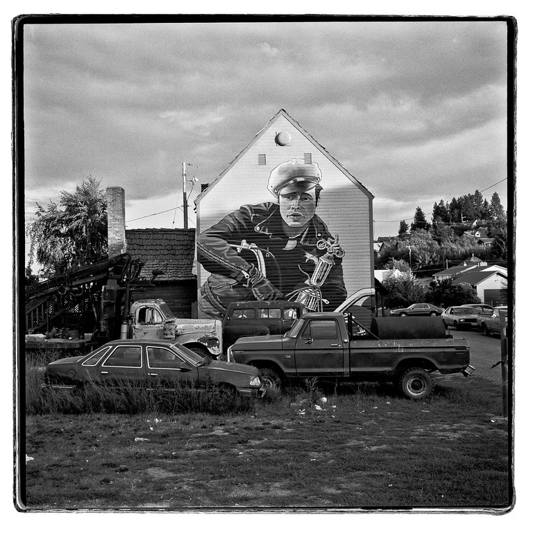Marlin Brando wall art and trucks, Roslyn, Washington, 1994, HP5 plus.