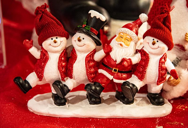 CB Christmas 19-3390.jpg