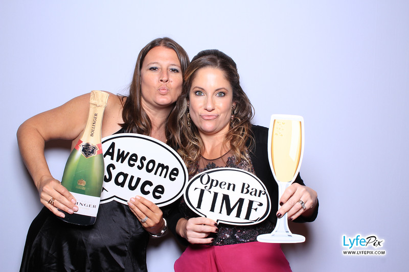phoenix-maryland-wedding-photobooth-20171028-0470.jpg