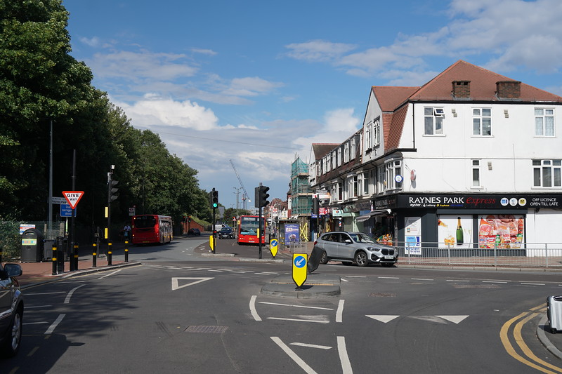 Approach Road - Raynes Park