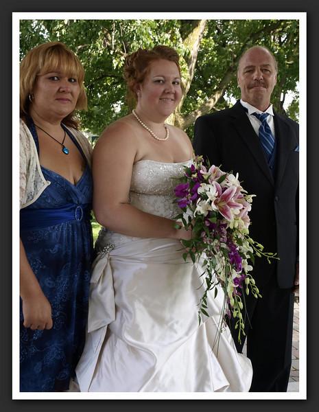 Bridal Party Family Shots at Stayner Gazebo 2009 08-29 046 .jpg