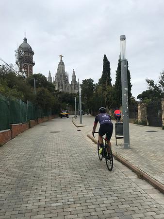 Barcelona - Ride w Pepe to Tibidabo