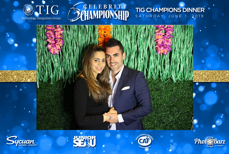 Celebrity Golf Sat Night49.jpg