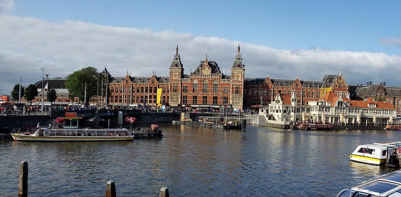 Amsterdam, AmaMora