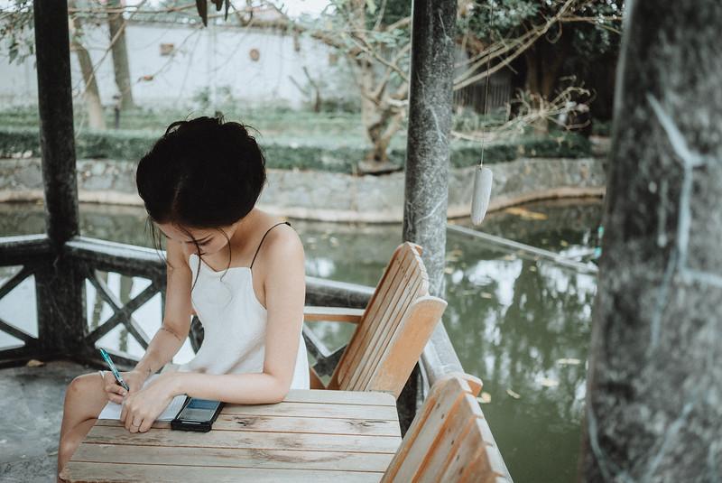 Tu-Nguyen-Destination-Wedding-Photography-Elopement-Vietnam-Pali-Louis-w-30.jpg