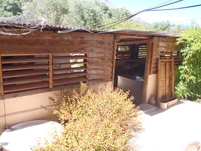 Our new home in ESPAGNE~  Hoopoe YURTS!