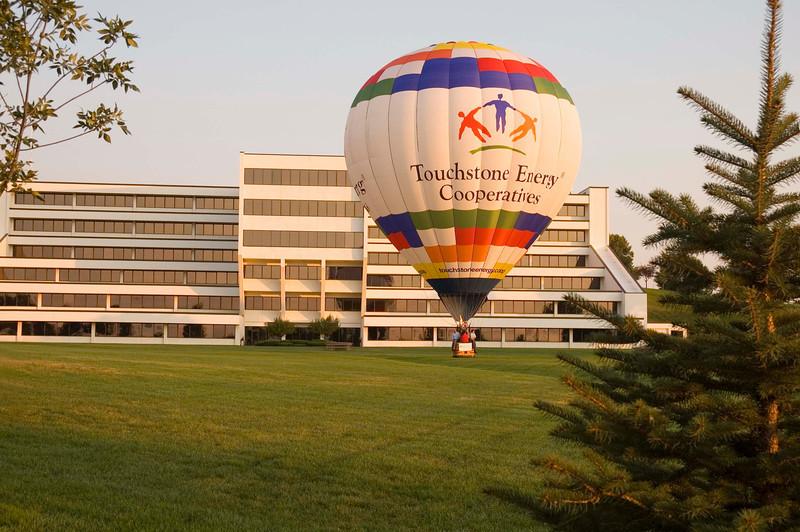 Touchstone Energy Hot Air Balloon C2863 195.jpg