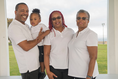 Fort MonroePhoto Shoot with Ursula & Family 2020