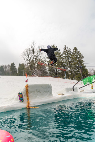 Pool-Party-Jam-2015_Snow-Trails-754.jpg