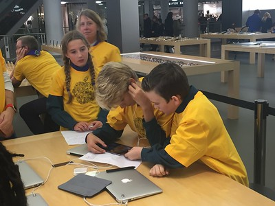 9th Reigate at the Apple Store