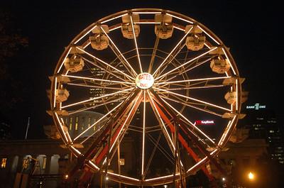 Holiday Ferris Wheel
