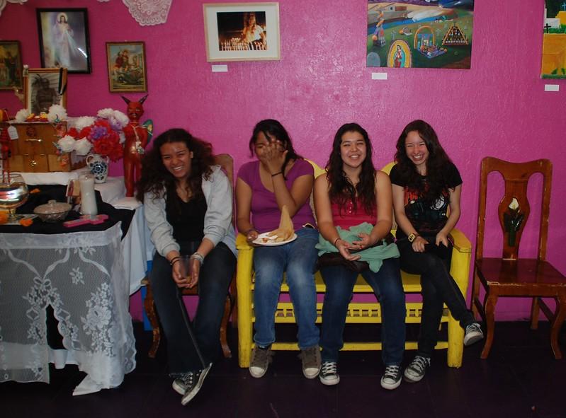 Girls_Uncommon-Angeles_Passport-03.JPG