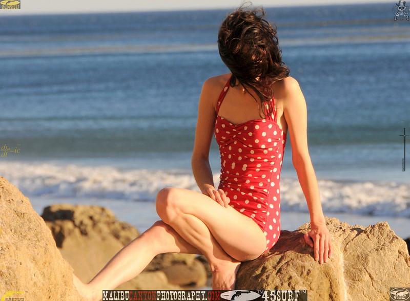 matador swimsuit malibu model 740.00.jpg