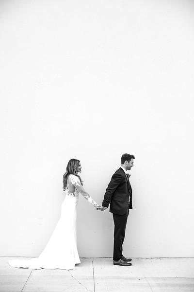 Kate&Josh_B&W_ZACH.WATHEN.PHOTOGRAPHER-186.jpg