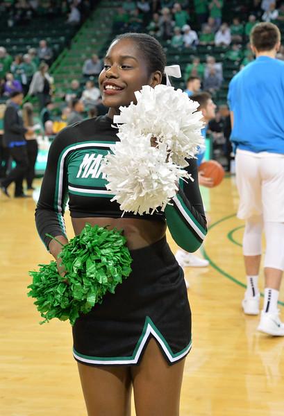 cheerleaders3816.jpg