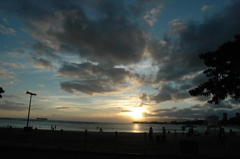 Hawaii - Ala Moana Beach Sunset-9.JPG