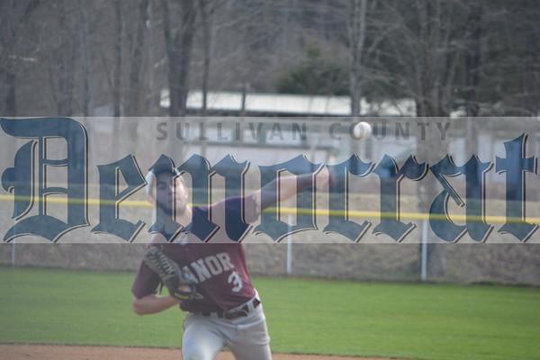Tuxedo at Livingston Manor baseball