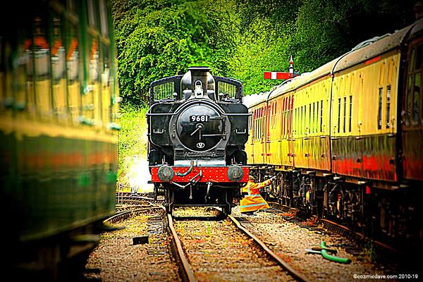 Postcards: Set 9 - Steam Trains & Railways