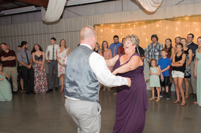 Wheeles Wedding  8.5.2017 02778.jpg