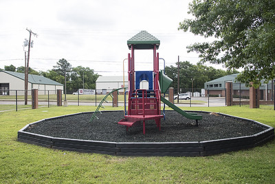 tyler-lions-club-dedicated-lion-drinking-fountain-moved-from-faulkner-park