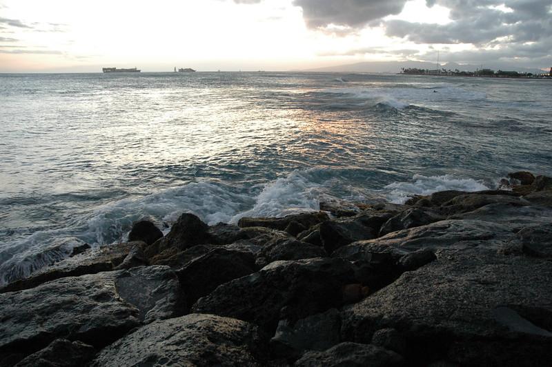 Hawaii - Ala Moana Beach Sunset-114.JPG