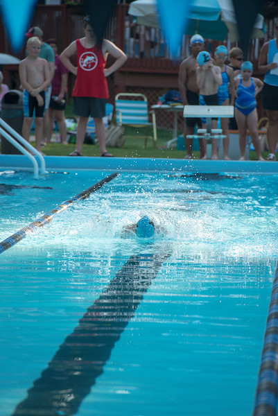 lcs_swimming_kevkramerphoto-054.jpg