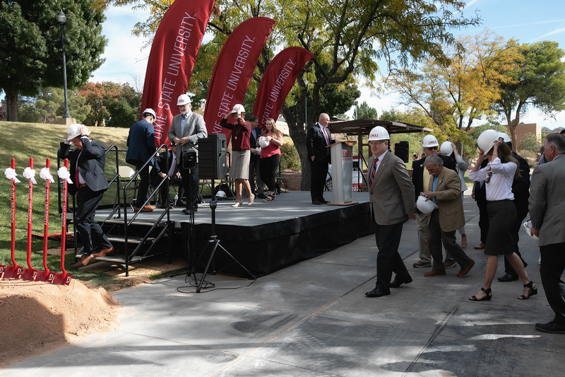 SCIENCE BUILDING GROUND BREAKING 2019-8885-Edit.jpg