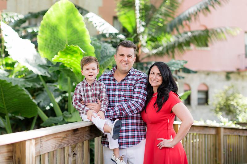 Holiday 2020 Tempone Family-5.jpg