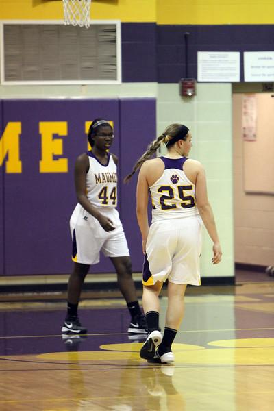 01-17-14 Maumee vs AW Varsity Girls Basketball