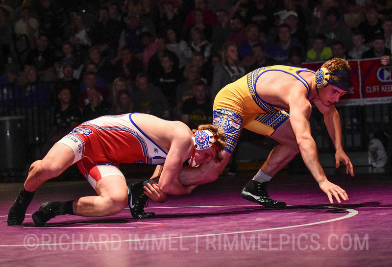 195: Lucas Davison (Team Indiana) dec. Tanner Sloan (Team USA), 6-3