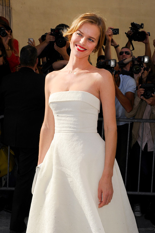 . Eva Herzigova arrives to attend Christian Dior\'s ready-to-wear Spring/Summer 2014 fashion collection, presented Friday, Sept. 27, 2013 in Paris. (AP Photo/Zacharie Scheurer)