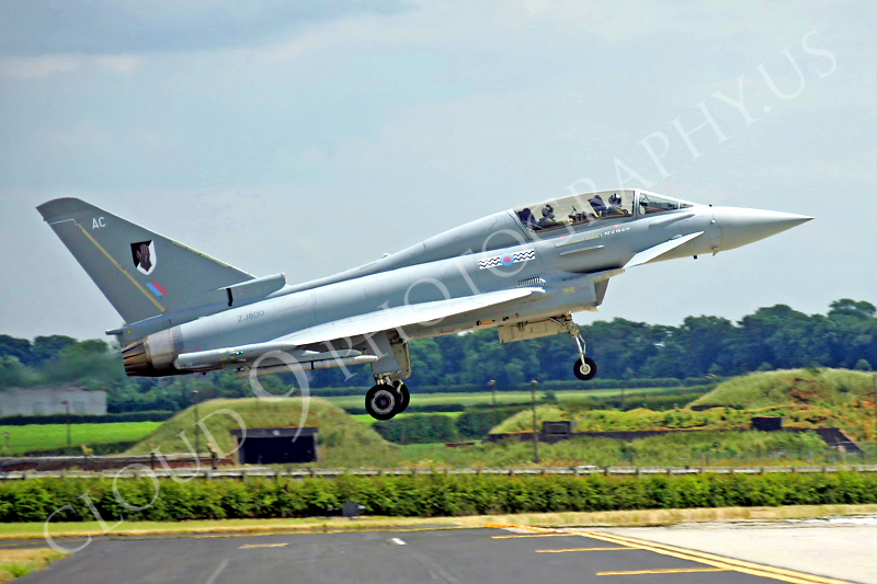 Eurofighter Typhoon 00030 British RAF ZJ800 by Paul Ridgway .JPG