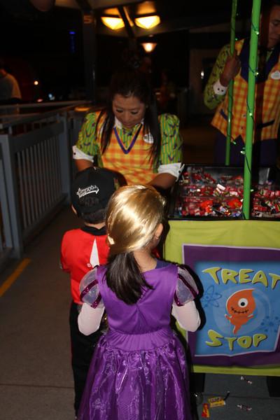 Disney Halloween 035.jpg