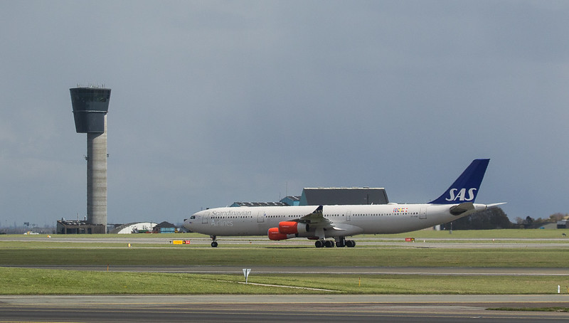 Scandinavian Airlines System Airbus A340-313 OY-KBI in Kopenhagen/DK.